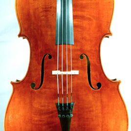 Frontansicht Cello
